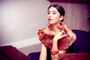 (Model wears Savanna brooch, hoop earrings and bangle)