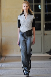 bouchra-jarrar-couture-fall-2014-03_131332918436.jpg_collection_grid_tn