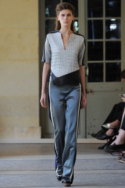 bouchra-jarrar-couture-fall-2014-06_131334751585.jpg_collection_grid_tn
