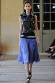 bouchra-jarrar-couture-fall-2014-07_131335263192.jpg_collection_grid_tn