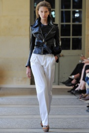 bouchra-jarrar-couture-fall-2014-10_131338368513.jpg_collection_grid_tn