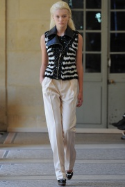 bouchra-jarrar-couture-fall-2014-13_13134120606.jpg_collection_grid_tn