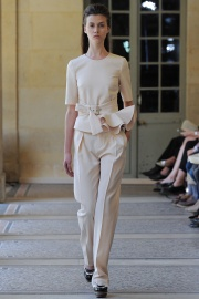 bouchra-jarrar-couture-fall-2014-14_13134238227.jpg_collection_grid_tn