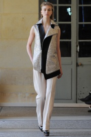 bouchra-jarrar-couture-fall-2014-15_13134365120.jpg_collection_grid_tn
