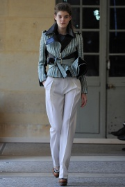 bouchra-jarrar-couture-fall-2014-22_131349492821.jpg_collection_grid_tn