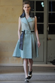 bouchra-jarrar-couture-fall-2014-23_131350997566.jpg_collection_grid_tn